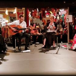 Duende flamenco flamencura a la foire comtoise mai 2019 guitare et palmas 1