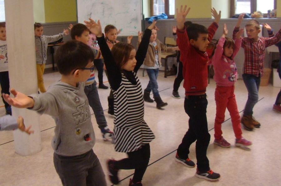 Residence drac st hippolyte 18 19 duende flamenco danser ses emotions cp ce1 8
