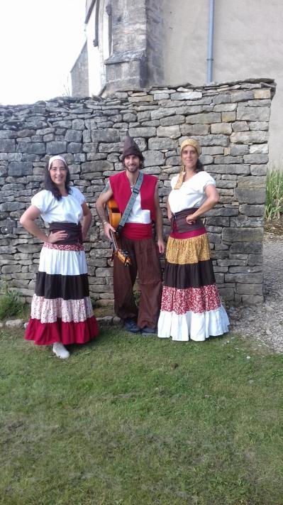 Duende flamenco les baladins a fondremand spectacle medieval