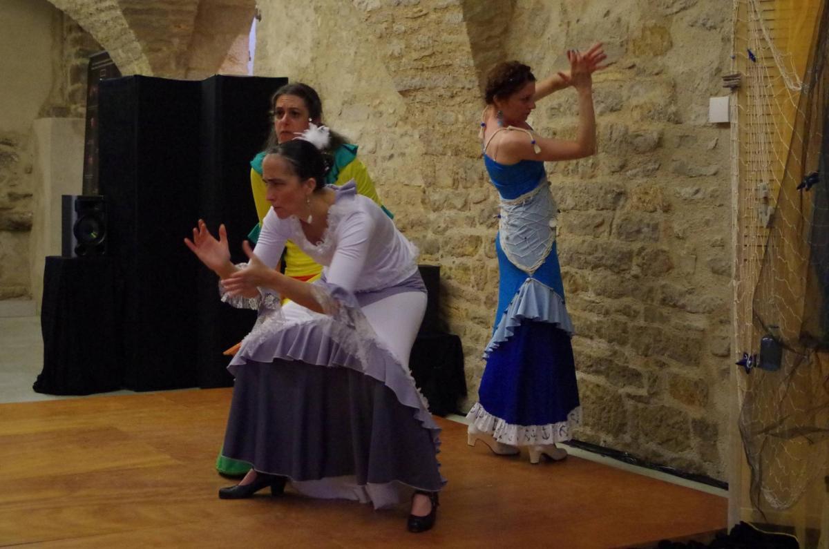 Jeune fille mer et plume de v hugo duende flamenco1
